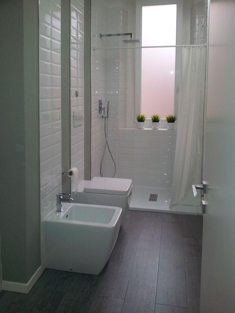 Ristrutturazione di interni a milano domo specialist - Ristrutturazione edilizia bagno ...